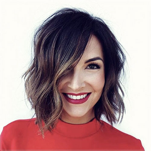 Cute Bobs With Closures
